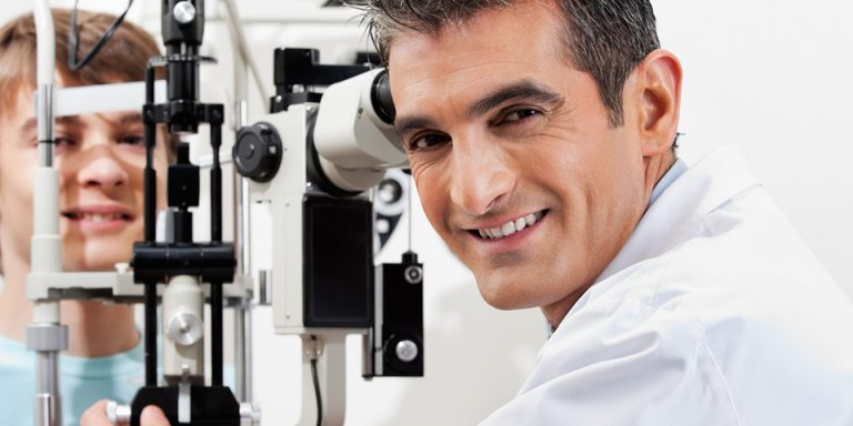 optometrist-exam-1280x480-1024x384